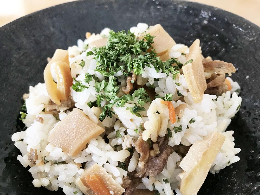 パセリを最後まで使い切るコツ*和食にも臆さず使う!*たけのこのばら寿司の中にもどっさり混ぜ込みました♪