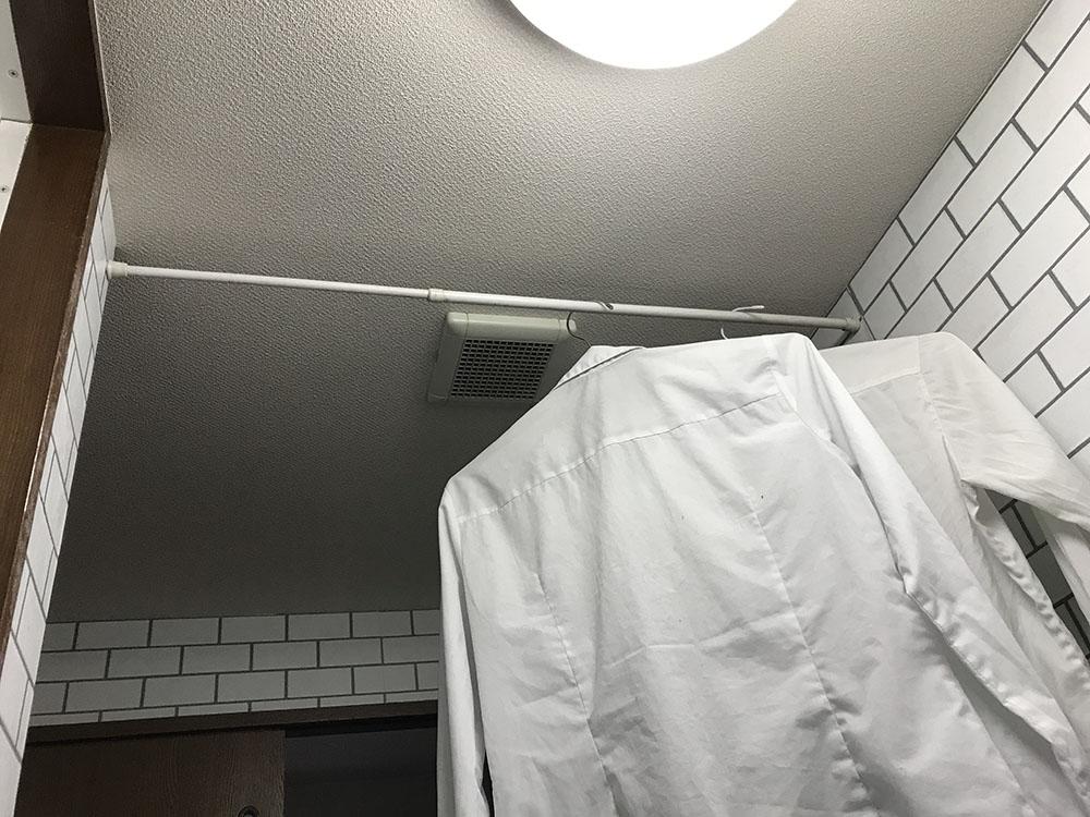 乾燥機付洗濯機*花粉が気になる時期も外干しなしでOK*つっぱり棒で簡単物干し